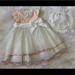 Rare editions dress size 24 months